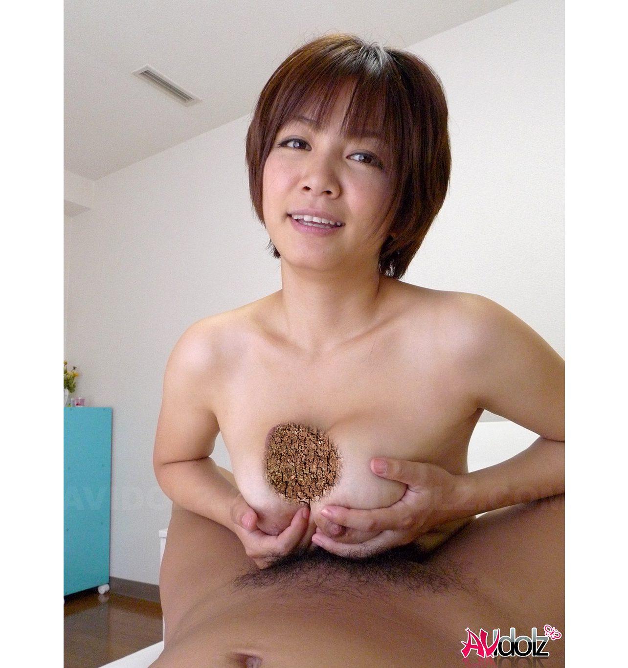 小坂めぐる 爆乳 AV女優